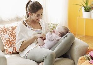 Ухаживать за ребенком можно до 3 лет